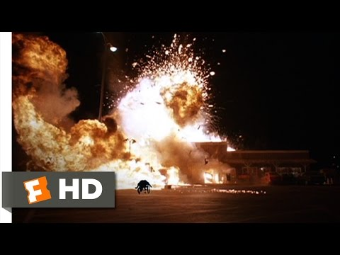 Mac and Me (10/11) Movie CLIP - Parking Lot Explosion (1988) HD