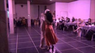 Download Lagu Sonia Peralta y Jesus Albornoz bailando el tango BAILARIN COMPADRITO en Floreal Milonga Mp3