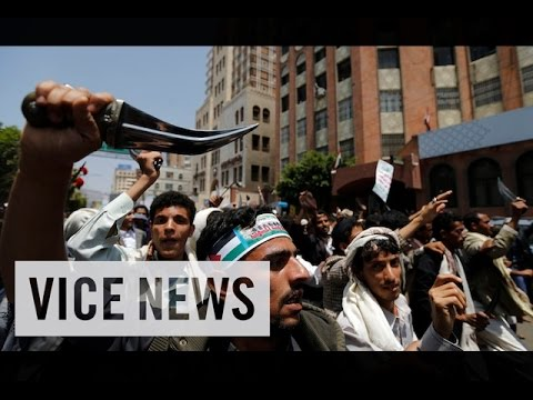 VICE News Daily%3A Beyond The Headlines - August%2C 19 2014