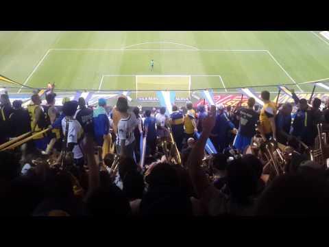 Cuando vas a la cancha vas con el patrullero... 🎶 JUGADOR NRO 12 LA MEJOR HINCHADA DEL MUNDO - La 12 - Boca Juniors