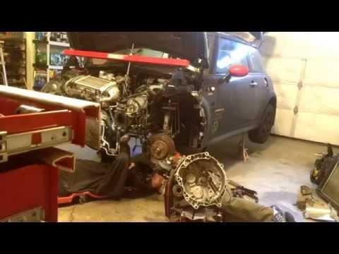 Time lapse  – Clutch replacement MINI Cooper S 2006 R53 repair