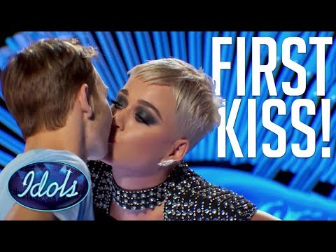 PUCKER UP! Benjamin Glaze Gets FIRST KISS With KATY PERRY | American Idol 2018