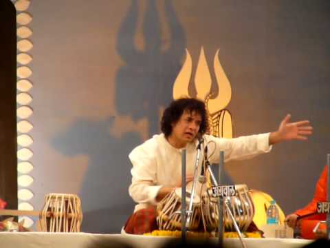 Video Zakir Hussain Tabla Solo  ShivaRatri 2/2 download in MP3, 3GP, MP4, WEBM, AVI, FLV January 2017