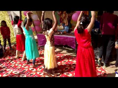 Video Radha teri chunri dance 9015127754 download in MP3, 3GP, MP4, WEBM, AVI, FLV January 2017