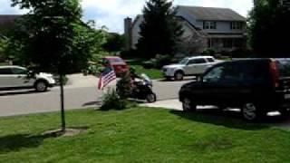 7. Memorial Day 2010 - Honda ST1300 stopping.avi