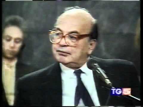 CAMBIO | Botteghe Oscure. Il PCI di Berlinguer & Napolitano tra segreti e verità