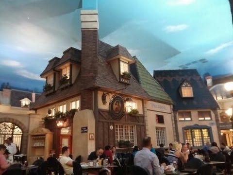 HD Paris Le Village Buffet Crepes Being Made – Las Vegas