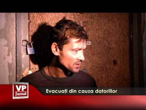 Evacuați din cauza datoriilor