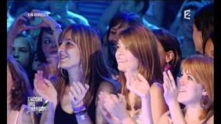 Video Enrique Iglesias - France 2 - Encore une chanson - Hero MP3, 3GP, MP4, WEBM, AVI, FLV Juli 2018