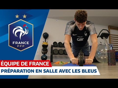 Video Les Bleus à l'échauffement en salle, Equipe de France I FFF 2018 download in MP3, 3GP, MP4, WEBM, AVI, FLV January 2017