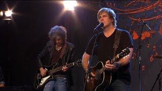 Jack Ingram Performs