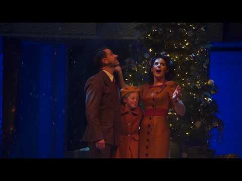 Miracle on 34th Street // Trailer