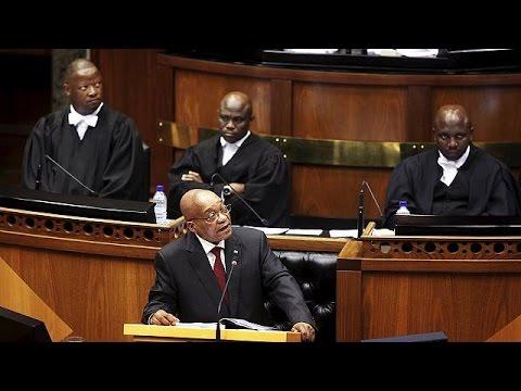 Ν.Αφρική: Συνεχίζονται οι διαδηλώσεις κατά του Τζέικομπ Ζούμα