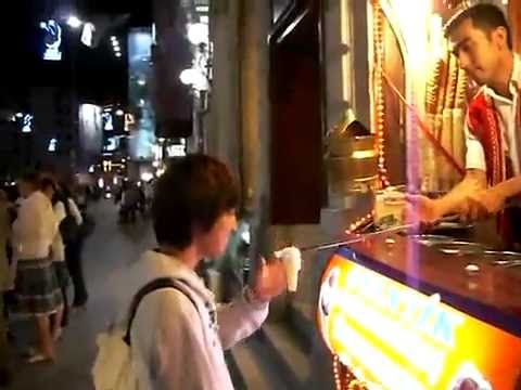 The Street Ice-cream Stand Troll