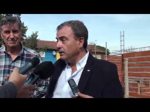 Pedro Pesatti: recorrida construcción del jardín maternal del barrio Ceferino de Viedma