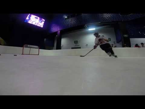 Ice Hockey Training on Glice® synthetic ice in Mexico City's World Trade Centre