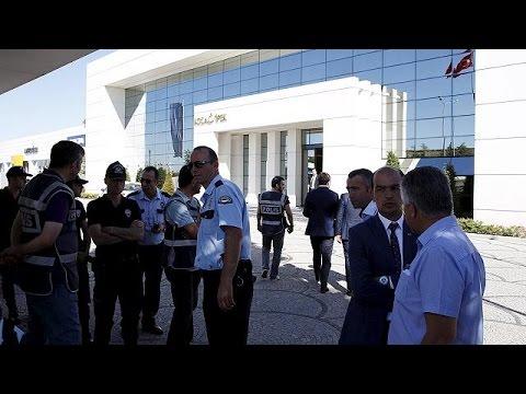 Τουρκία: Αστυνομική έρευνα στην εφημερίδα που κατήγγειλε ενίσχυση του ΙΚΙΛ