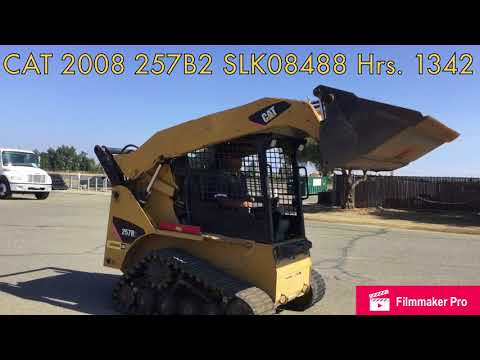 CATERPILLAR SKID STEER LOADERS 257B2 equipment video g7sJKo6JszI