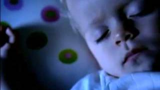 Pampers Silent Night