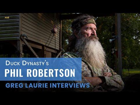 Pastor Greg Laurie interviews Duck Commander Phil Robertson