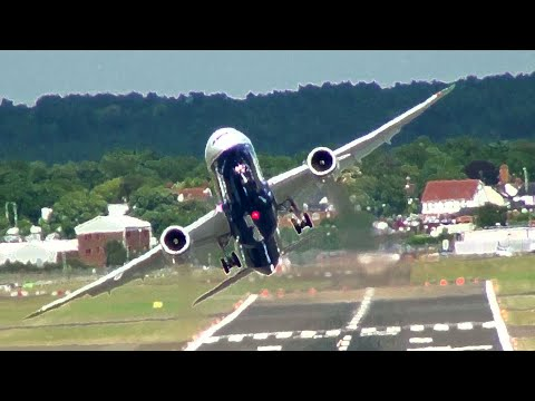 El nuevo Boeing 787-9 Dreamliner volando en estilo de combate
