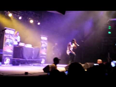 Hopsin the fiends are knocking live HD
