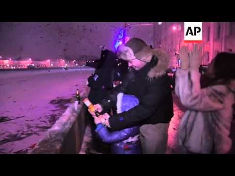 Muscovites celebrated the New Year with champagne and fireworks