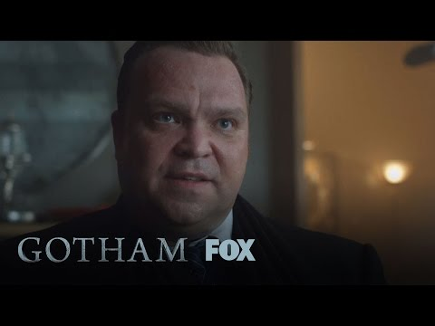 Gotham 2.06 (Clip 'Cracking Up')