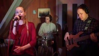 Mates ft. Lior - Supergirl (live)