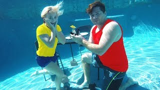 UNDERWATER DATE WITH MY CRUSH! *SURPRISE PROPOSAL!*