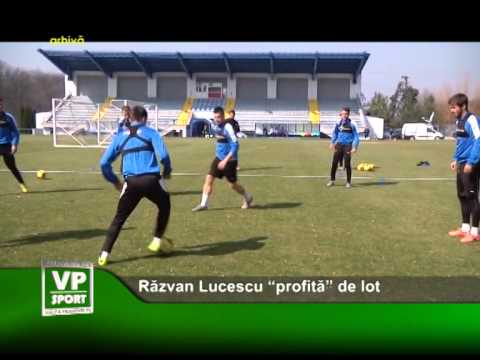 """Răzvan Lucescu """"profită"""" de lot"""