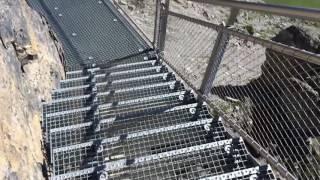 スイス発 Birgのスリルウォーク ガラス張りの道【スイス情報.com】