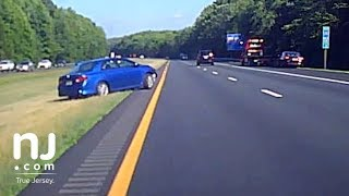 Download Video Dashcam captures out-of-control driver on New Jersey Highway MP3 3GP MP4