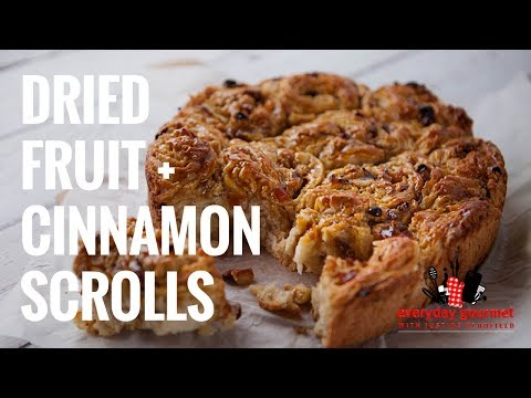 Dried Fruit and Cinnamon Scrolls | Everyday Gourmet S7 E19