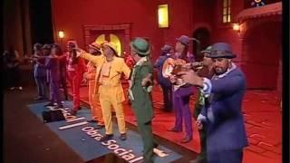 Download Lagu Comparsa las noches de bohemia - Actuacion en semifinales y Repertorio completo- Carnaval 2010 Mp3