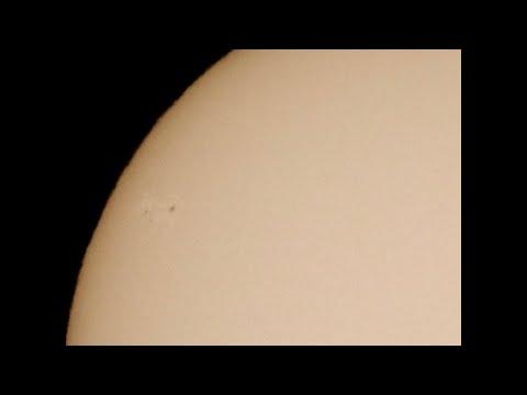 Finally a New Sunspot! & a 27% Crescent Moon_A héten feltöltött legjobb nap videók