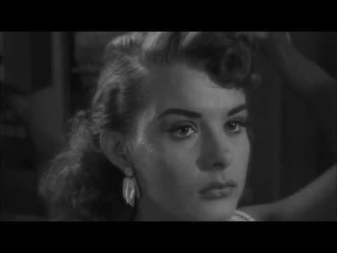 Pickup on South Street (1953) - Opening scene