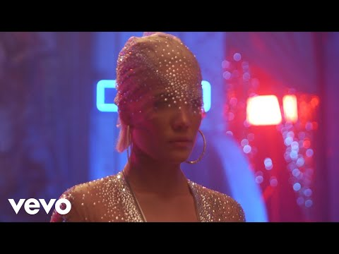 Video Halsey - Alone (Behind The Scenes) ft. Big Sean, Stefflon Don download in MP3, 3GP, MP4, WEBM, AVI, FLV January 2017