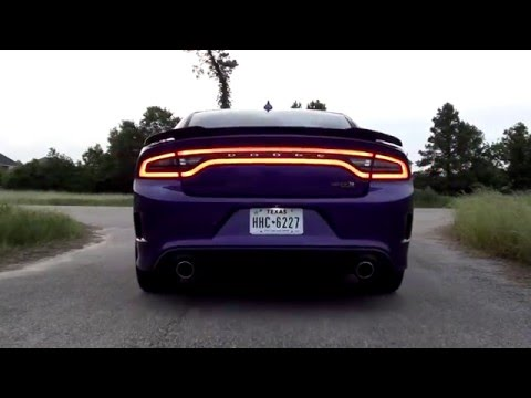 Dodge Charger Scat Pack 6.4L Mid Muffler Delete: Day 1 (видео)