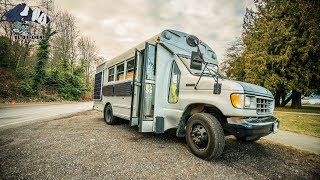 Video Pensioner Gives up Apartment in Vancouver to Travel the World in a Converted School Bus Tiny house. MP3, 3GP, MP4, WEBM, AVI, FLV Maret 2019