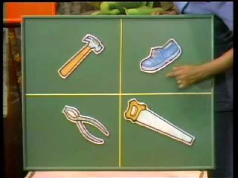 Classic Sesame Street - Kermit and Susan play One of these things