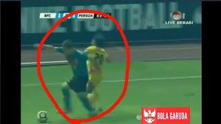 Video Duel Andritany Vs Ilhamudin Armayin ( Bhayangkara Fc vs Persija jakarta ) MP3, 3GP, MP4, WEBM, AVI, FLV November 2017