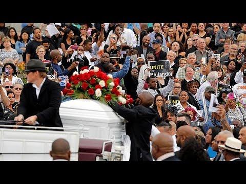 ΗΠΑ: Σε φορτισμένο κλίμα η κηδεία του Φιλάντο Καστίλε που σκοτώθηκε από πυρά αστυνομικού