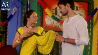 XxX Hot Indian SeX House Owner Forcing Neighbour Lady Preminchaka Movie Scenes AR Entertainments .3gp mp4 Tamil Video