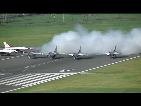 TJSJ Spotting: USAF Thunderbirds Departure!