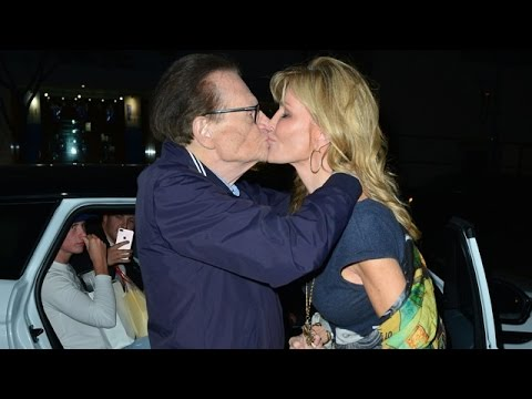 So Romantic! Love Birds Larry King And Wife Shawn Kiss Passionately After Dinner