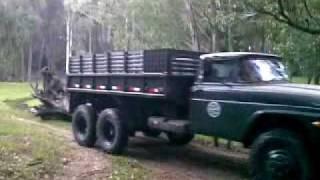Caminhão 6x6