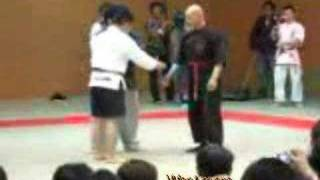 Download Video Kiai Master vs MMA MP3 3GP MP4