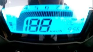 2. Honda CB500F 2013 TOP SPEED 188 km/h / 117 mph