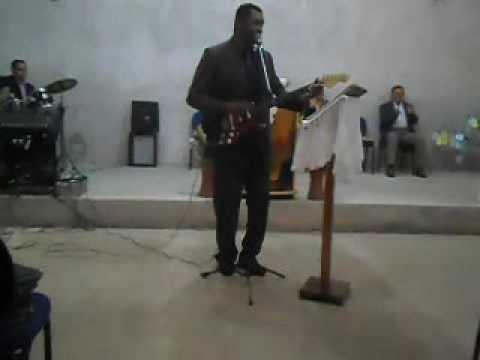 Eu tocando e Cantando em São Pedro do Paraná PR